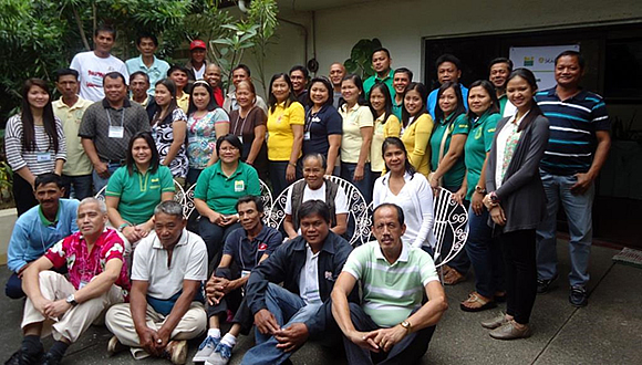 The participants of the Training-Workshop on Business Enterprise Management Plan of CSFs, with the SEARCA Project Team and DAR Officials on 21 January 2014 at CLSU, Muñoz, Nueva Ecija.