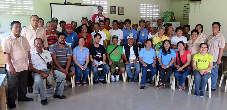 Victoria farmer participants of the Climate Change Adaptation Seminar together with the staff of the Municipal Agriculture Office headed by Mr. Elmer Cobarrubias, the ISARD Team: Mr. Henry M. Custodio and Ms. Angelic M. Reglos, with Engr. Marisa J. Sobremisana
