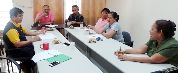 FGD participants at Visayas State University included Dr. Julieta R. Roa, Dr. Julie D. Tan, Dr. Marcelo A. Quevedo, Dr. Nestor L. Pido and Dr. Daniel Leslie S. Tan.  Dr. Jose Nestor Garcia, Training Needs Assessment and Capacity Building Specialist, facilitated the discussion.