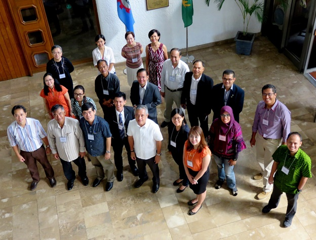 Participants of the Knowledge Sharing Workshop with SEARCA Director, Dr. Gil C. Saguiguit, Jr., during the opening program