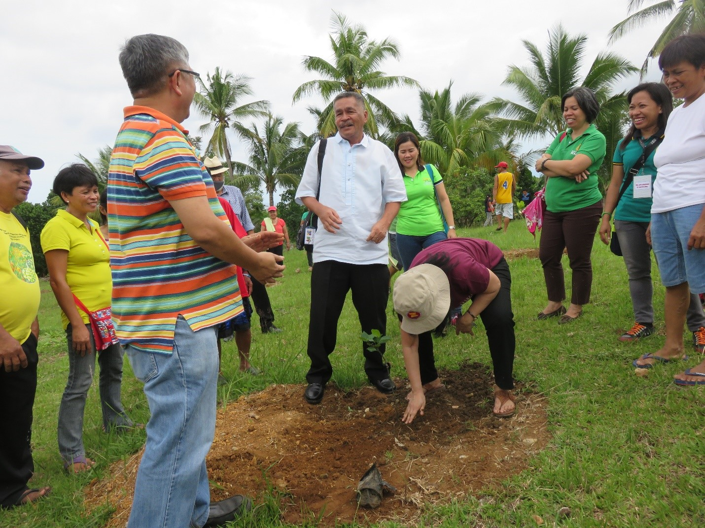 Ceremonial Tree Planting led by Dr. Bessie Burgos and Dr. Othello Capuno with Prof. Rolando Bello and the jackfruit growers.